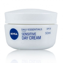 Sensitive Day Cream SPF15 P.Sensible
