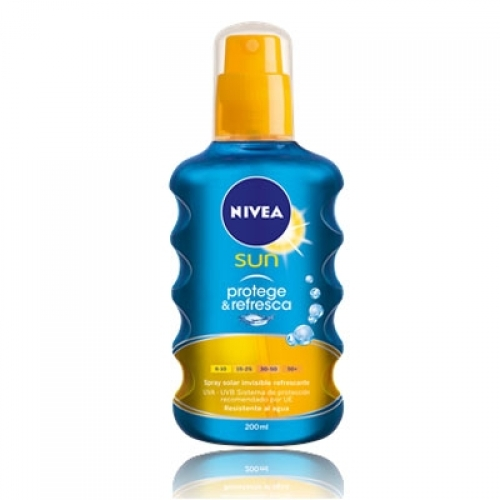 Nivea Sun Protect & Refresh SPF20 Spray